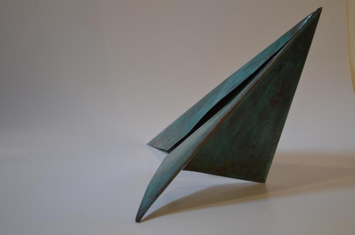 Avión Azul Mediano Cobre Patinado 43x33x19cm $1,800 USD